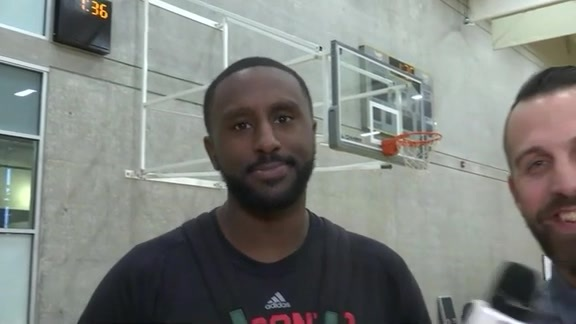 Raptors Training Camp: Patrick Patterson Answers Twitter Questions - September 27, 2016