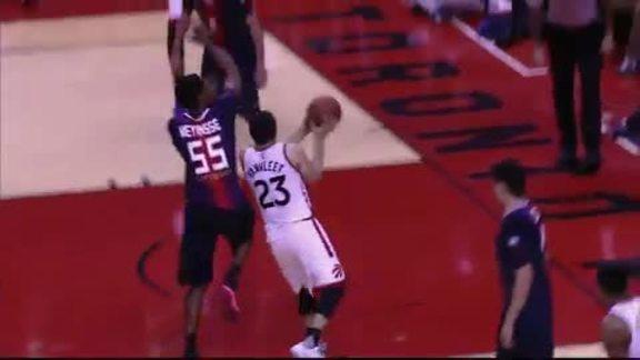 Raptors Highlights: VanVleet And-One - October 14, 2016