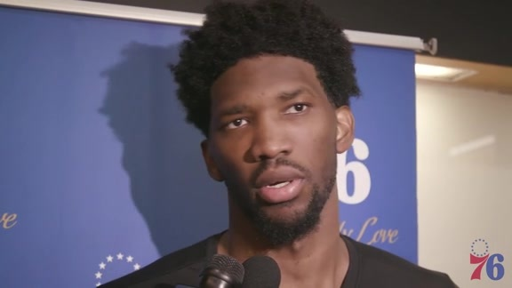 Postgame | Joel Embiid vs Warriors (11.18.17)