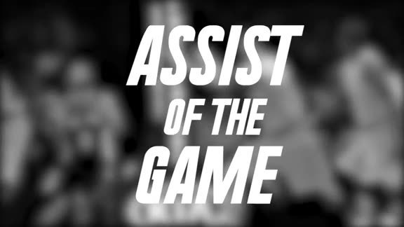 Assist of the Game: Parker Drops the Ball off to Aldridge