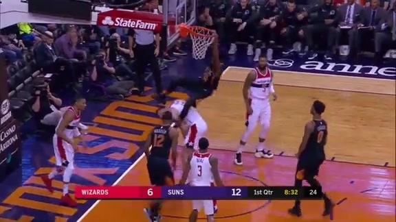 Jackson Throws Down Over Gortat on Putback Dunk