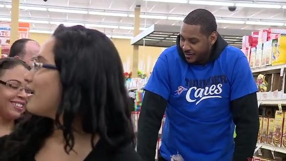 Carmelo Anthony Takes Local Family Shopping
