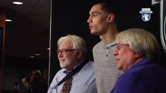 Zach LaVine Member Meet and Greet - 2015-16