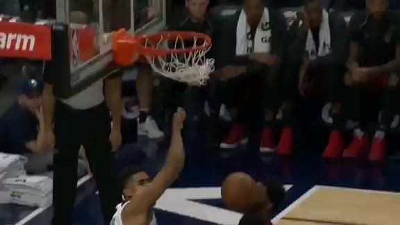 Butler Assists Towns For The Dunk