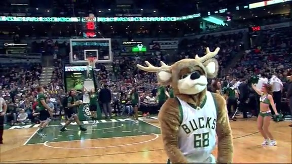 Yet Another Bango Backwards Halfcourt Shot