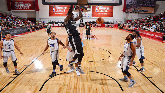 Summer League Top 10 Plays: Thon Maker