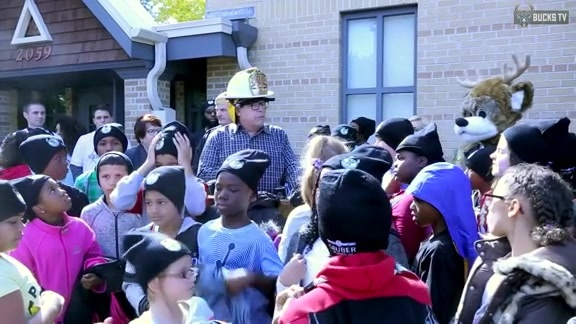 Bucks Join MFD For Fire Prevention Week