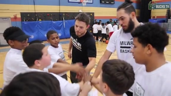 Delly Hosts Youth Basketball Clinic At Journey House