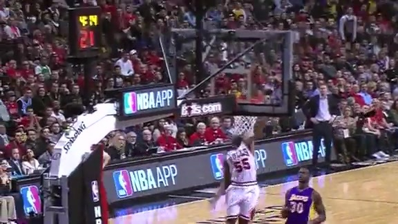 Moore With the Steal, Moore With the Slam