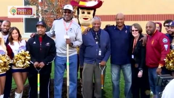 Cavs and PwC Team Up to Plant Trees - October 21, 2015