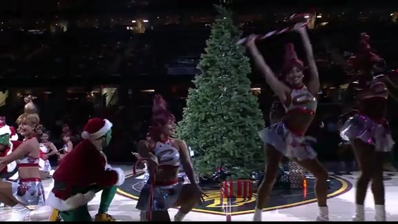 Cavaliers Special Holiday Halftime Act