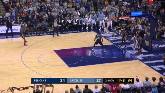 Brooks cleans up the glass