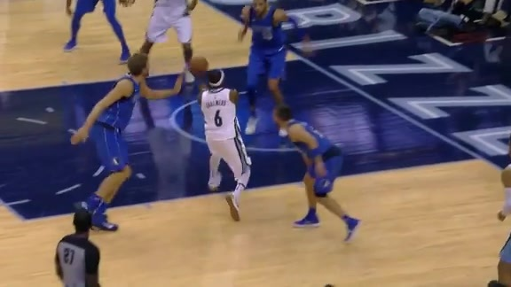Chalmers pulls out the moves on Dirk