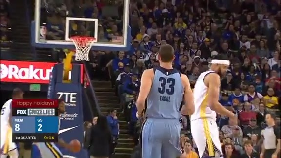 Gasol scores 21 on the road