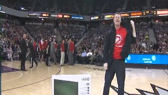 Hawks Fan Wins Kings Dance-Off... or Does He?