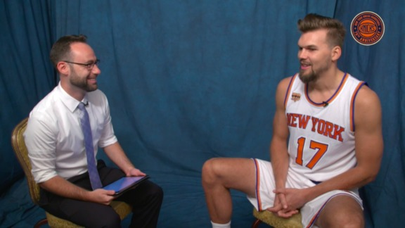 Speed Drills with Lou Amundson: Skydiving, Barney, and Lessons Learned in Vegas
