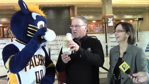 Bill Benner and Boomer Receive Special Gifts from the IMS