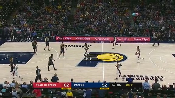 Oladipo Goes Sky-High For Alley-Oop