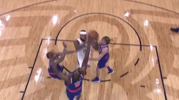 DeMarcus Cousins hits double-double in first half
