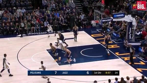 Rondo starts out hot with 8 points