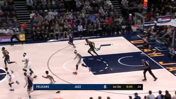 Cousins & Jrue give-and-go