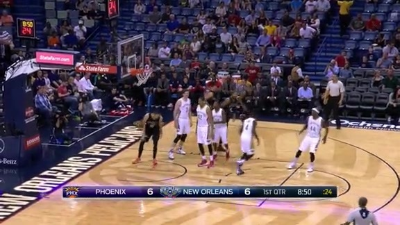 Booker Sets Up Len's Jam