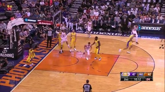 Booker Finds Chandler on Alley-Oop Slam vs Lakers