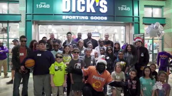Booker Treats Underserved Valley Children to Shopping Spree