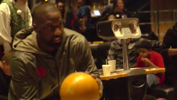 Raymond Felton Throws Bowling Party in OKC