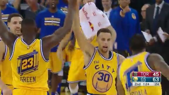 Curry Closes the Half
