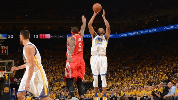 Warriors Beat Rockets 115-106 in Game Two