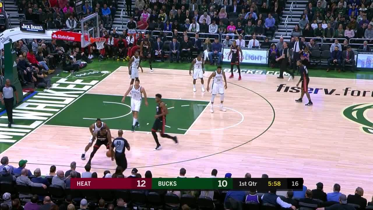 Winslow finds Whiteside for the cutting dunk